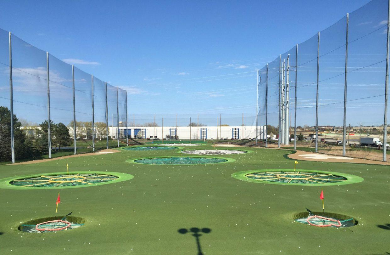 https://www.artificialgrasslandscape.com/wp-content/uploads/2017/04/CCGrass-synthetic-turf-for-golf-USA7-1240x810.jpg